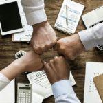 3 Wege, sich vor betrügerischen Finanzexperten zu schützen
